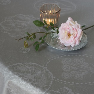 Mille Eclats Macaron irisé beschichtete Tischdecke
