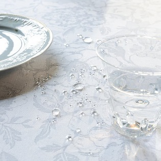 Mille Charmes Blanc beschichtete Tischdecke