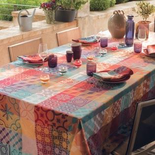 Mille Tiles Multicolore beschichtete Tischdecke