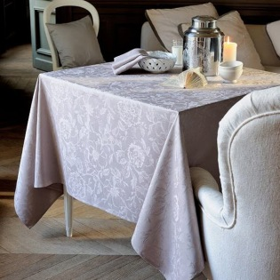 Mille Charmes Taupe Tischdecke